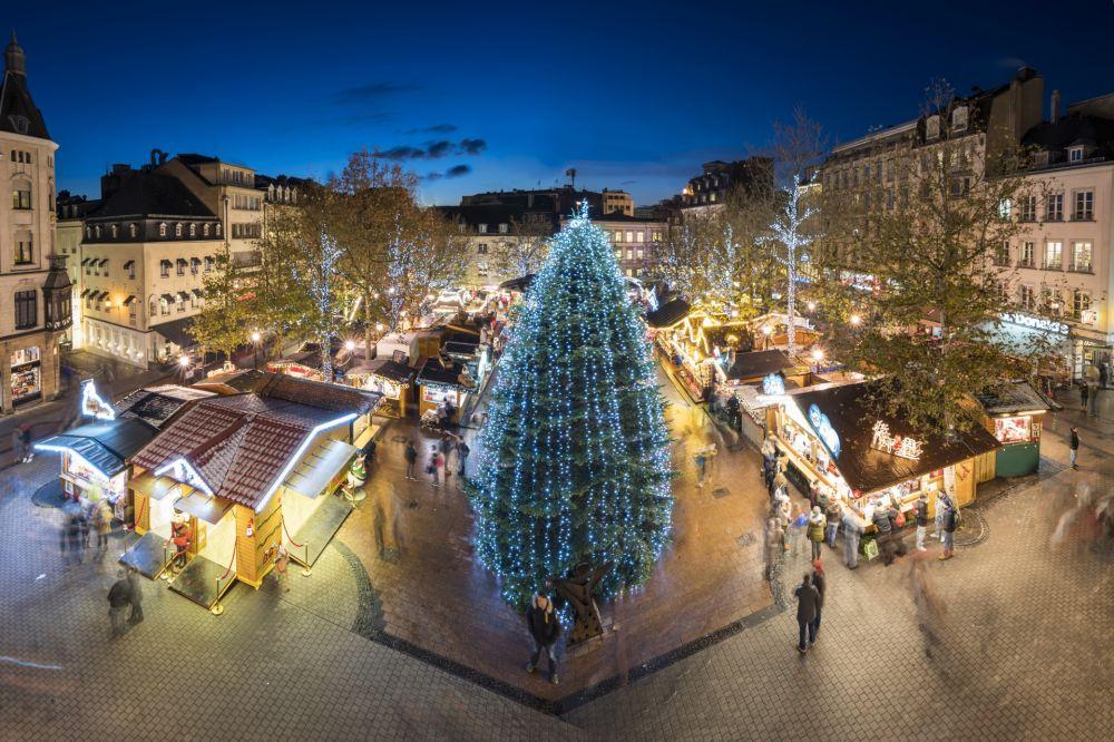 Weihnachtsmarkt Typische Speisen.Luxemburg Weihnachtsmarkt